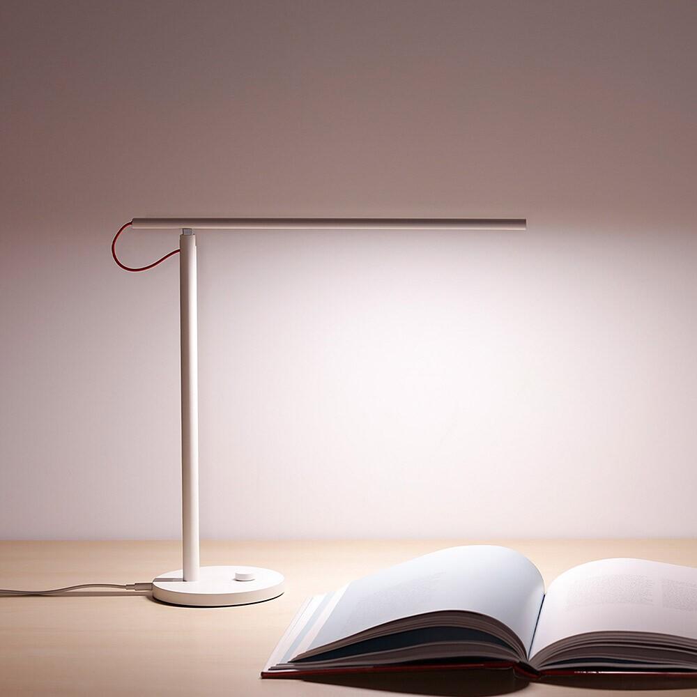 چراغ مطالعه هوشمند شیائومی مدل Xiaomi Mi LED Desk Lamp MJTD01YL